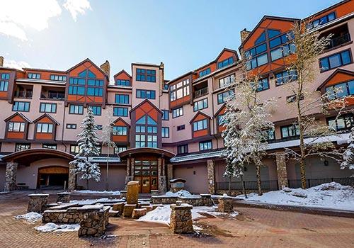 Highlands_Courtyard