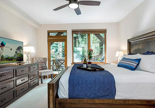 106 Pinecone Lodge
