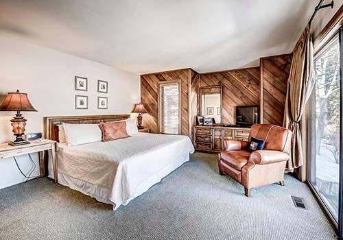 88 Ridge Point Master Bedroom - Beaver Creek