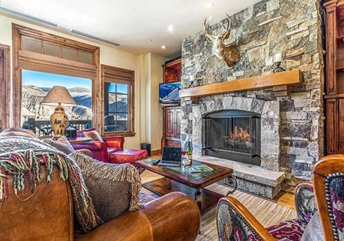 302 Beaver Creek Landing Living Room - Beaver Creek