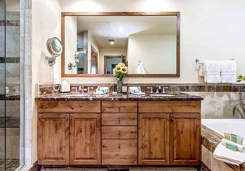 302 Beaver Creek Landing Bathroom - Beaver Creek