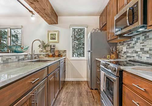 Townsend A106 Kitchen - Beaver Creek