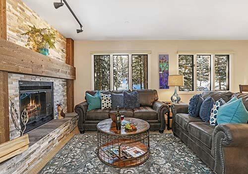 Townsend A106 Living Room - Beaver Creek