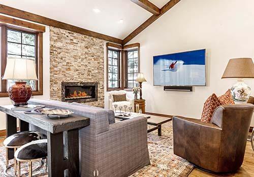6 Wildflower Living Room Arrowhead