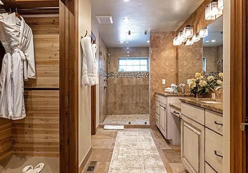 6 Wildflower Bathroom Arrowhead